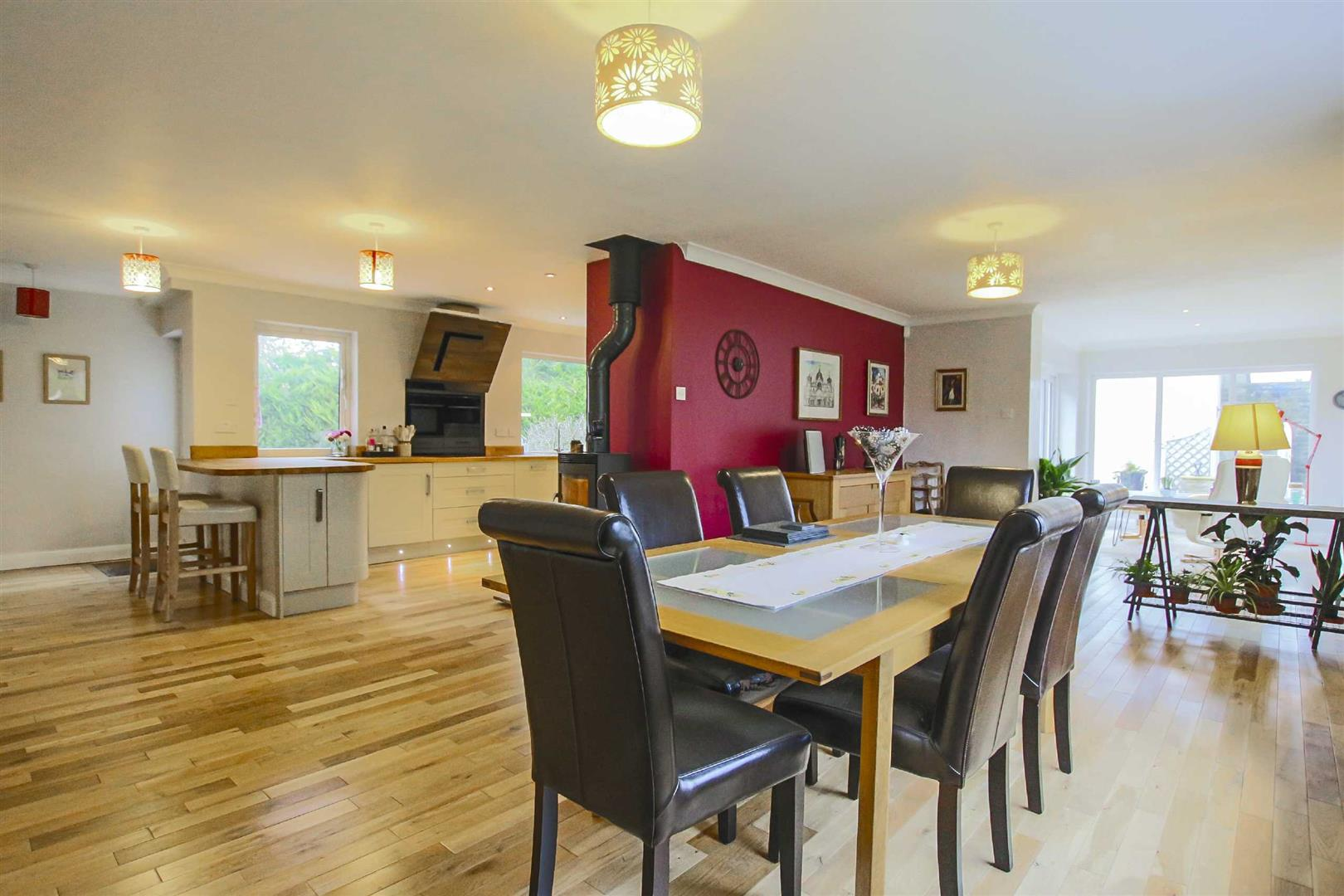 5 Bedroom Detached House For Sale - Image 6